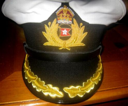 d0a287721608f Titanic Captain Smith White Top Hats